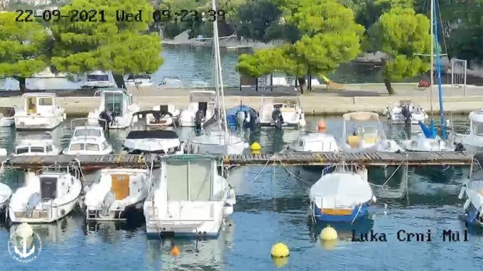 Luka Črni mul Webcam screenshot